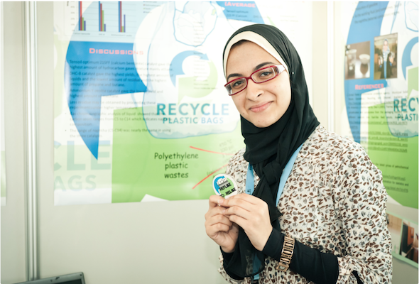 Egyptian Girl Discovers How to Turn Plastic Trash into $78